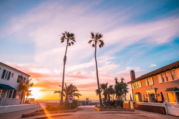 prendre des photos au lever du soleil, quel fond décran pour un ordinateur, idée fond ecran ete avec palmiers
