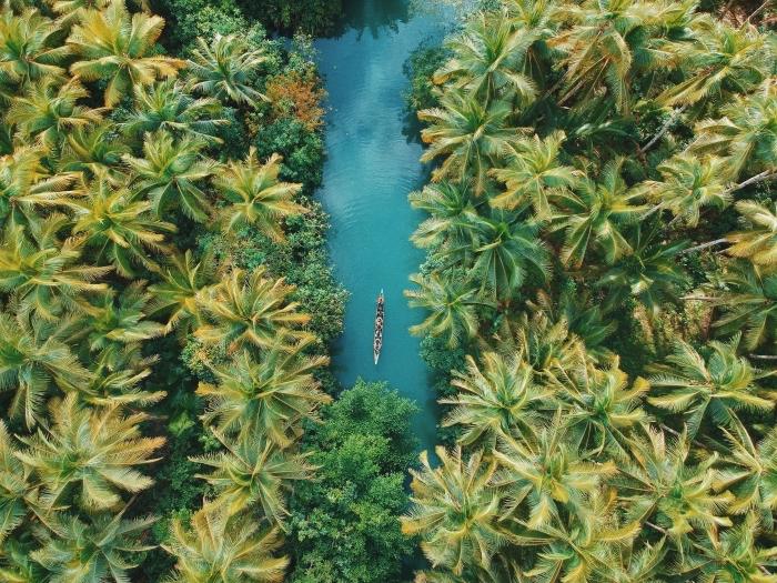 prendre des photos avec drone, magnifique photo de la nature vue d'oeil d'oiseau, idée paysage exotique pour wallpaper