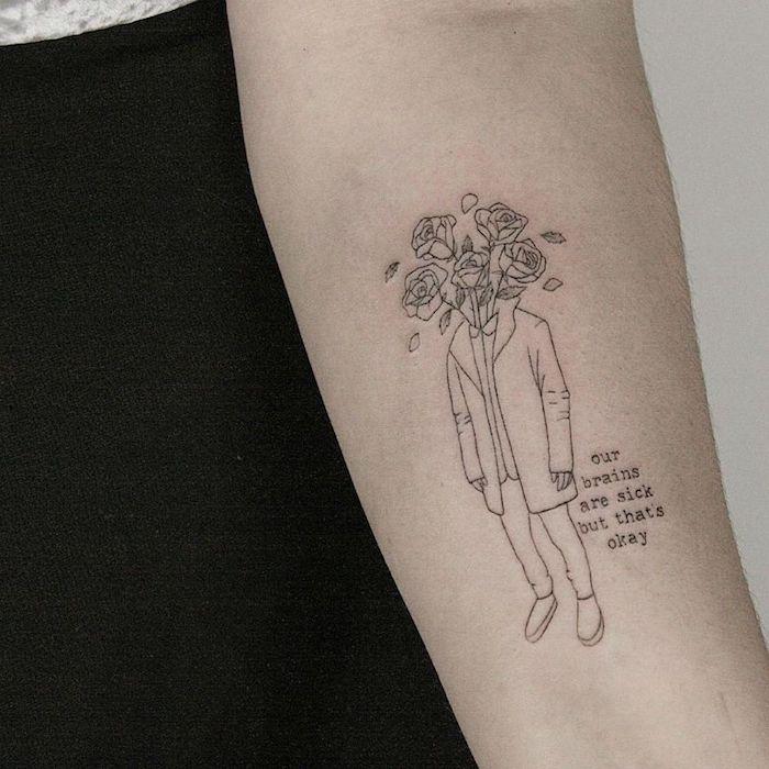 Homme en tailleur casuel avec tete de fleurs, roses au lieu de tete tatouage tatouage manchette femme, tatouage dessin, tatou simple et beau