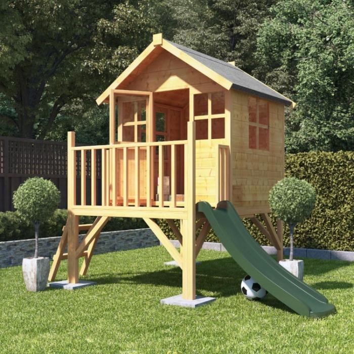 construire une cabane de jardin, créer un espace de jeux extérieur avec palette ou bois recyclé, modèle maison en bois diy