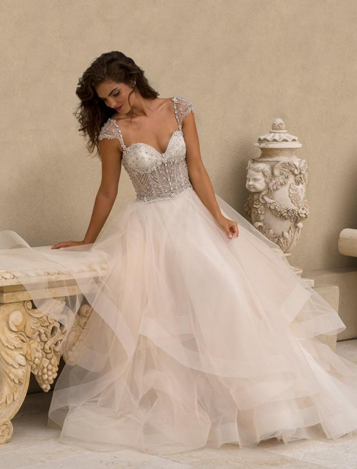 Robe bustier diamants, robe de mariée dentelle princesse, élégante robe de mariée romantique, magnifique jupe en tulle