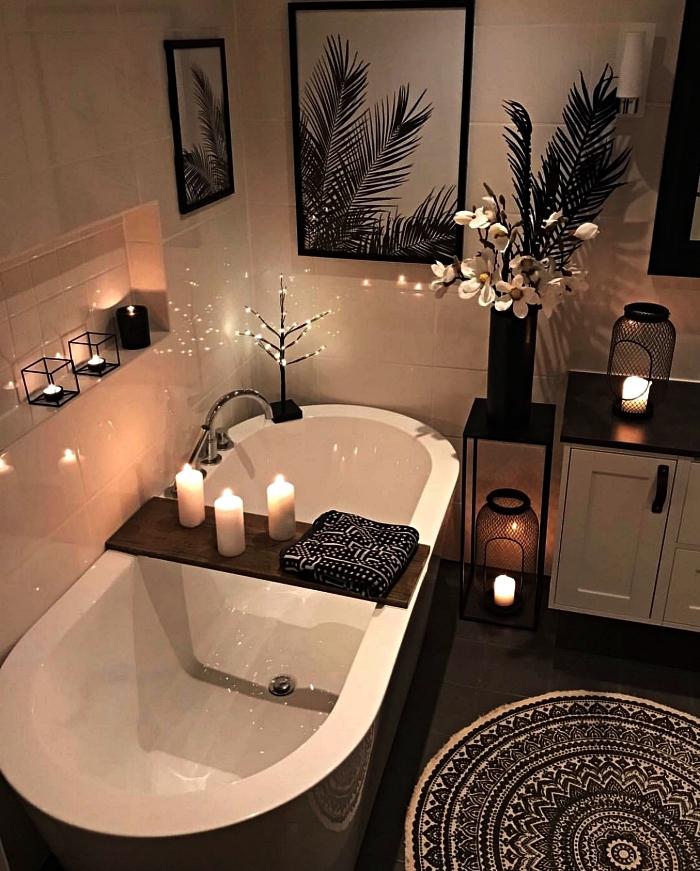 inspiration salle de bain d'ambiance relaxante avec baignoire, déco salle de bains zen avec bougies