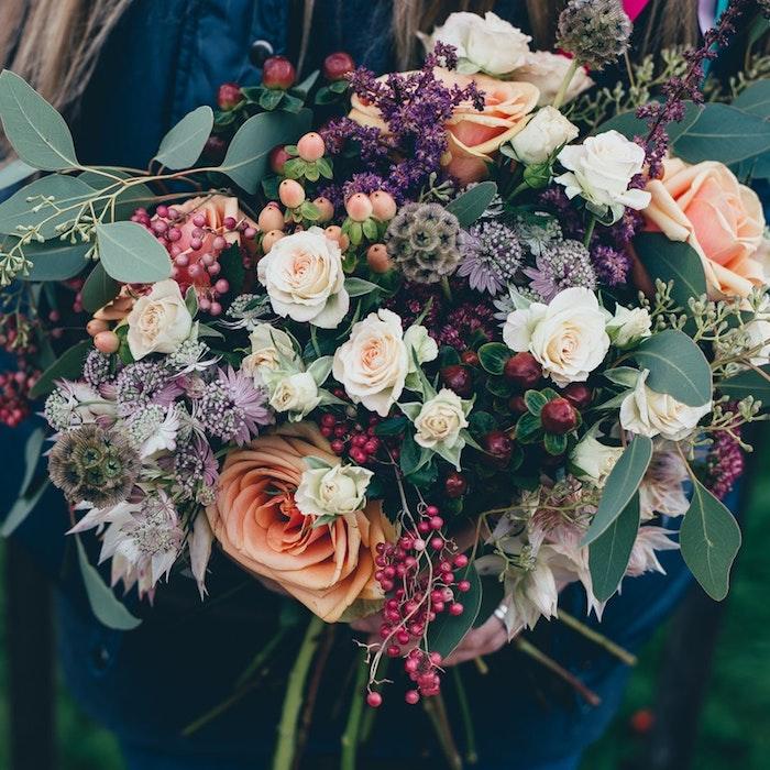 Bouquet de fleurs roses différentes tailles et couleurs, envoyer message à maman, photo fete des meres, la beauté du monde