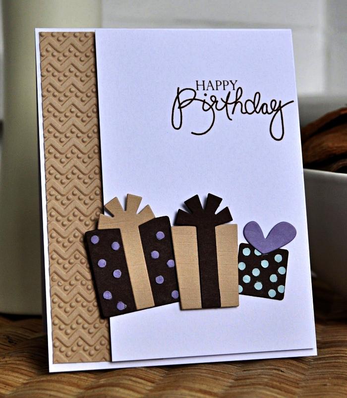 jolie carte anniversaire homme ornée de boîtes cadeaux en 3d et de papier kraft embossé, carte de voeux personnalisée à motifs 3d
