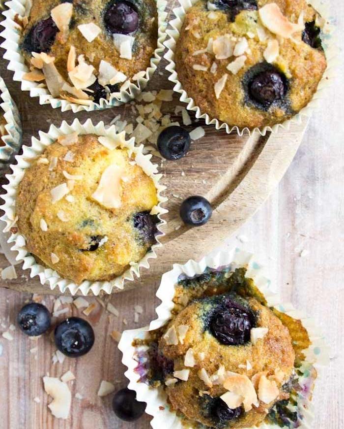 muffins avec de la farine de coco et bleuets, quel dessert ou petit dejeuner keto, repas regime deliceiux