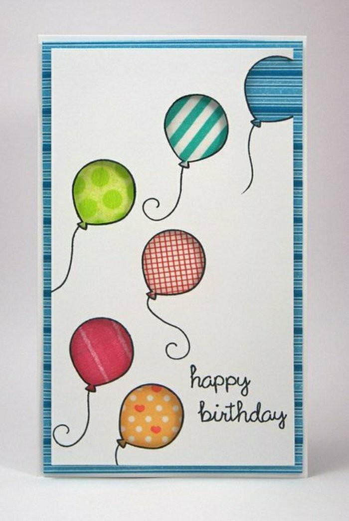 carte d'anniversaire petit garçon à motifs ballons tamponnés, idée de carte de voeux à faire soi même