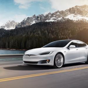 Tesla lance une nouvelle version de ses Model S & X aux performances améliorées