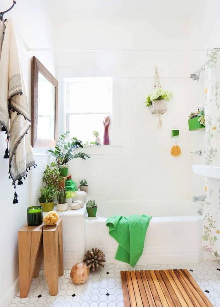 Plantes vertes pour une déco exotique de la salle de bains vintage en blanc, salle de bain zen décoration simple et beau, choix de couleurs et de design