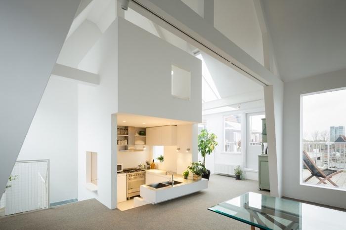 modèle meuble bar cuisine avec évier, agencement petite cuisine ouverte sur trois murs, idée éclairage plafond led