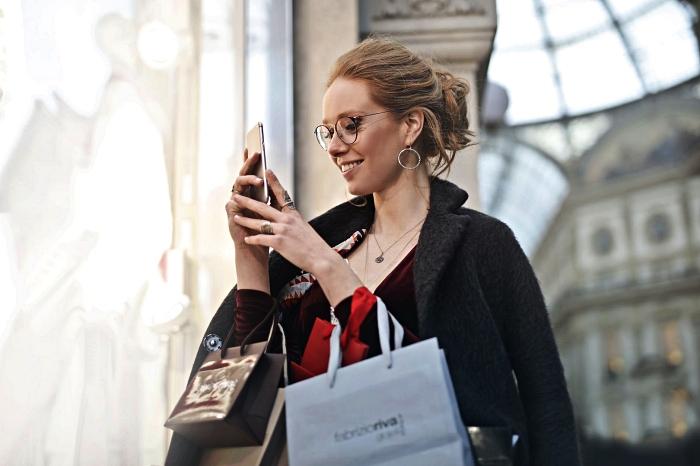 faire des achats en ligne au meilleur prix grâce à l'utilisation des codes promo, comment faire du shopping pas cher en ligne