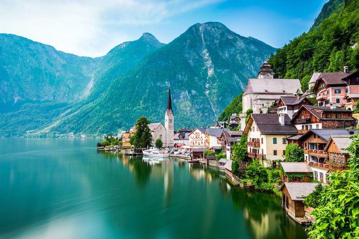 Bad goisern Autriche, Hallstätter See le plus beau pays du monde, paysage magnifique, s'étonner de la beauté de la terre, lac autour de la montagne