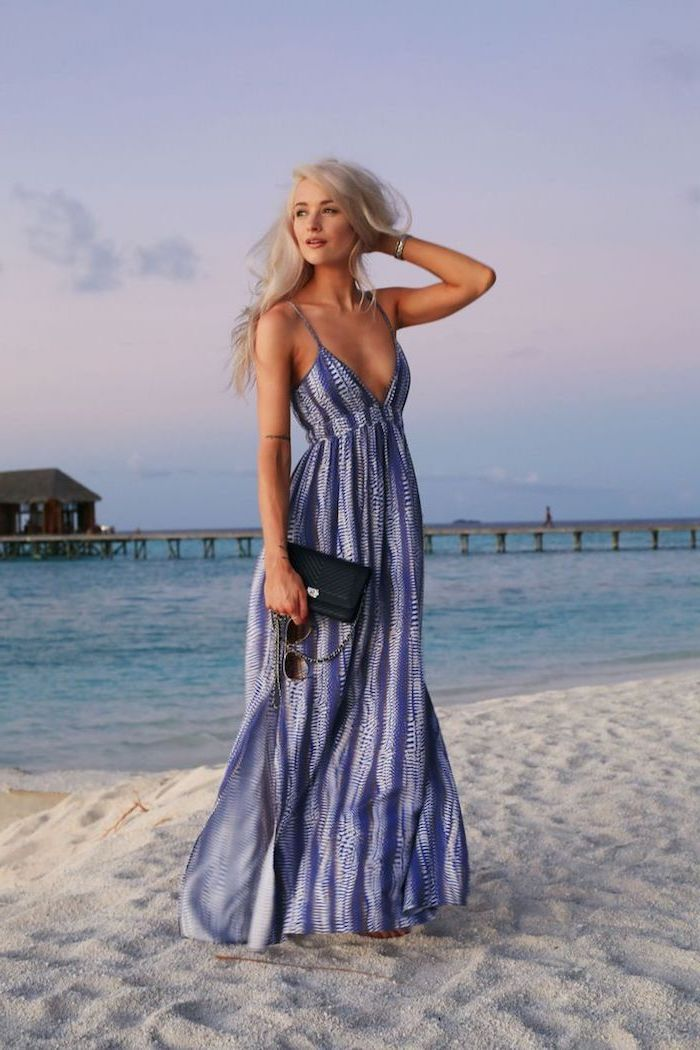 Robe longue debardeur, plage femme au bord de la mer, robe boheme chic, robe longue été, tenue décontractée
