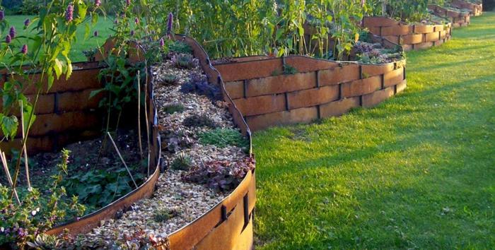pelouse verte, bordure en acier tressé, parterres surélevés, pelouse verte, déco jardin paysagiste