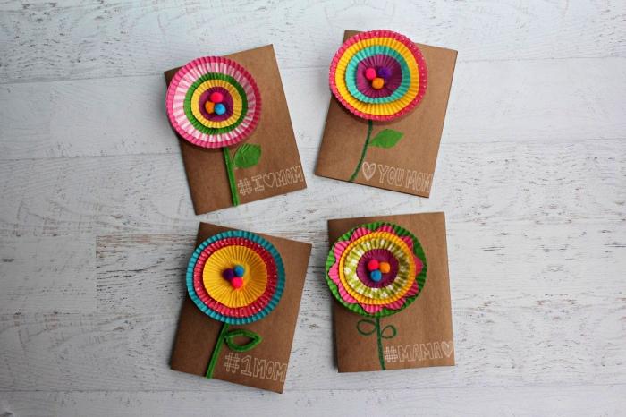 carte fête des mères maternelle à fabriquer avec les tout petits, carte faite-maison avec fleur en caissette à muffins