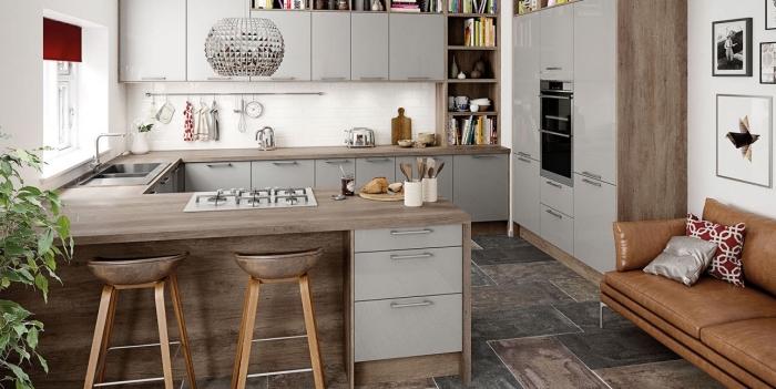 quelle couleur avec le gris dans une cuisine ouverte vers le salon, idée aménagement cuisine sur trois murs en forme de u