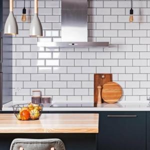 Revêtement et décoration avec carrelage métro - un style intemporel pour votre cuisine et salle de bain