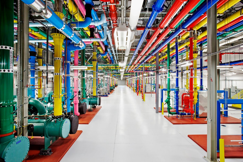 photo du centre de traitement de données de Google qui s'apprête à mettre en place une fonction de suppression d'historique automatique