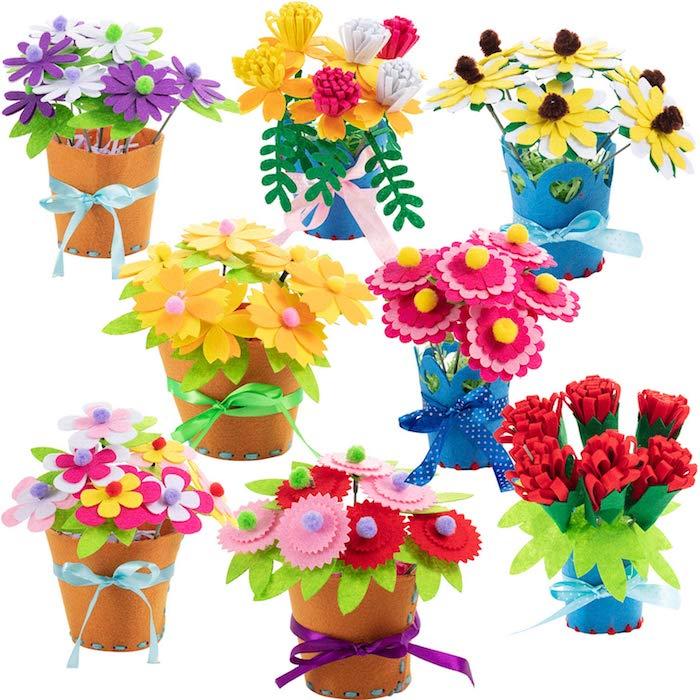 idée de pots de fleurs avec des fleurs en tissu dans un pot en tissu avec decoration de ruban coloré