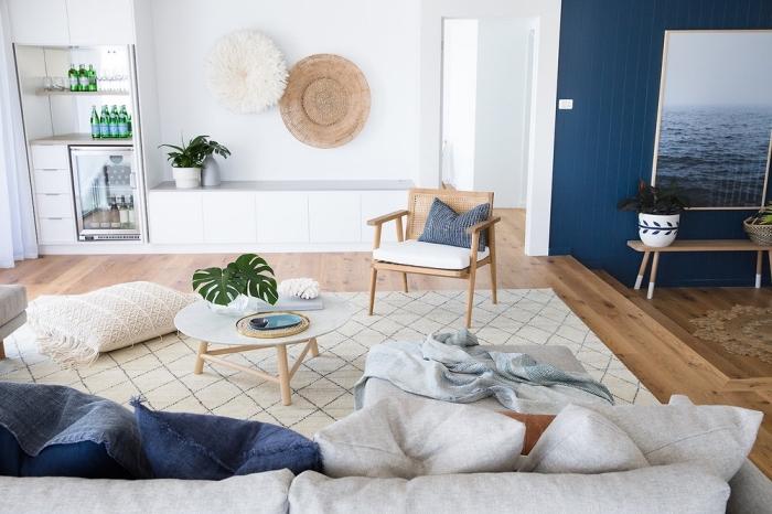 design intérieur style bohème et minimaliste avec accessoires d'esprit marin, idée decoration bord de mer pas cher
