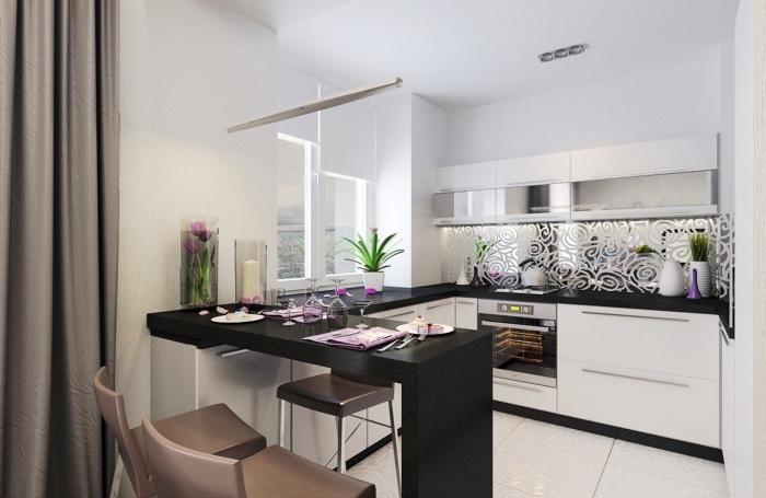 meuble bar cuisine en noir, modèle crédence de cuisine à effet miroir aux motifs floraux, exemple de petite cuisine ouverte