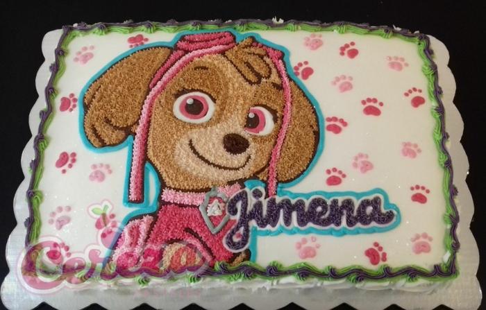 gâteau pat patrouille, chien sympathique, empreintes de pattes, gateau personnalisé, glaçage blanc aux pattes roses