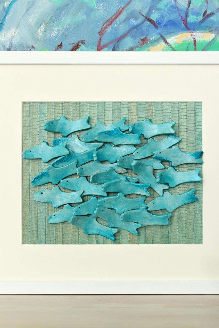 exemple de decoration bord de mer pas cher, tutoriel facile pour faire un objet de déco esprit marin, tableau avec poissons diy