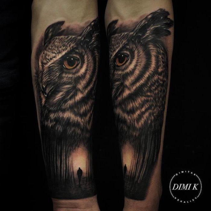 tatouage hibou, animal nocturne hibou aux yeux marron et silhouette d une personne en bas