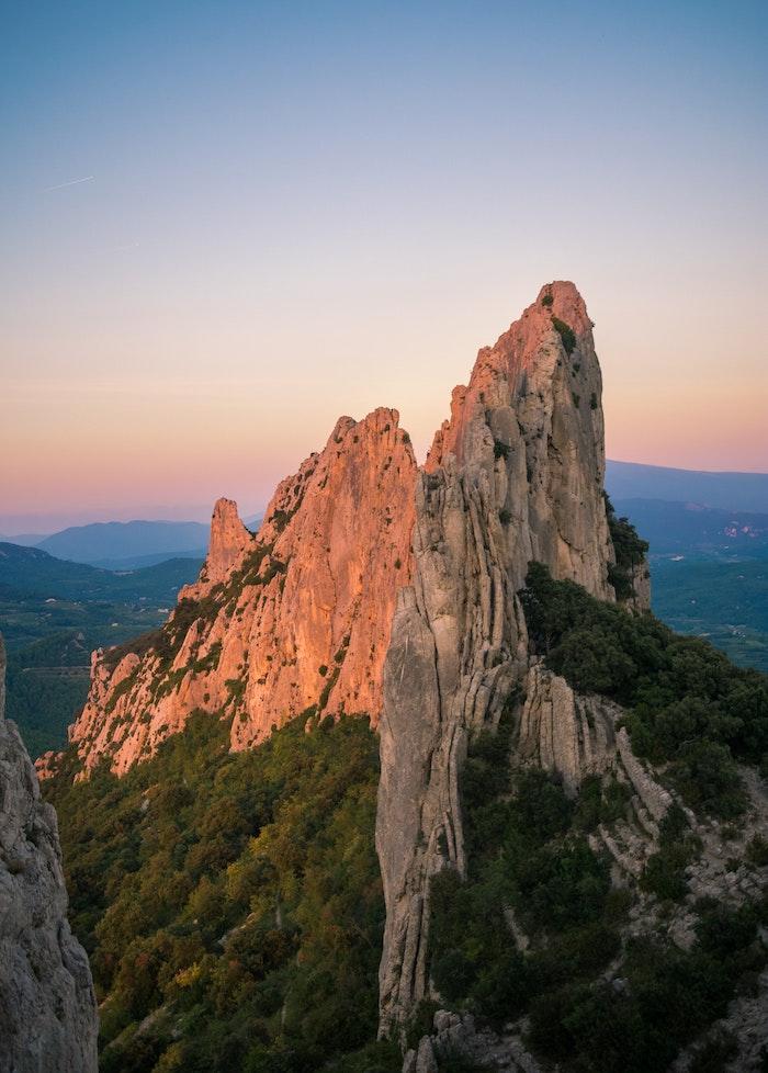 France Dentelles de Montmiraille, le plus beau pays du monde, canada paysage, endroit paradisiaque, coucher de soleil beau