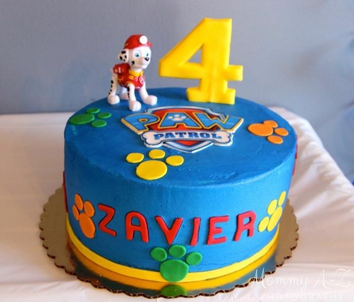 gateau anniversaire pat patrouille, enfant de 4 ans, figurine pat patrouille non comestible