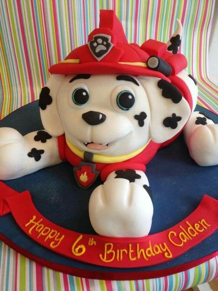 personnage pat patrouille grande taille, gateau anniversaire enfant, chien dalmatien policier