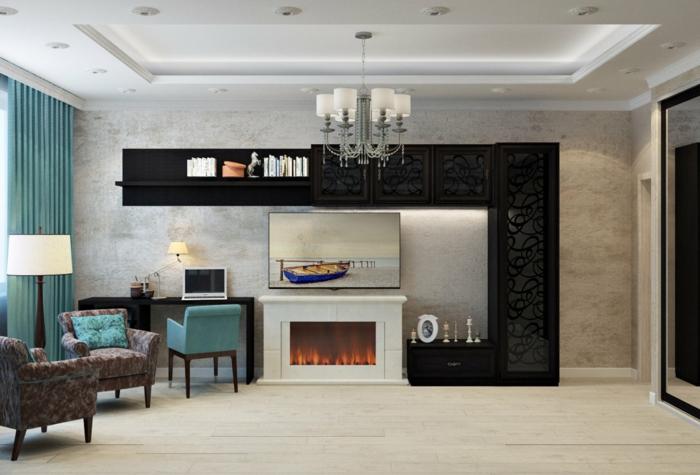 salon moderne aux teintes claires, fauteuils beiges, plafonnier baroque, poêle à gaz blanc
