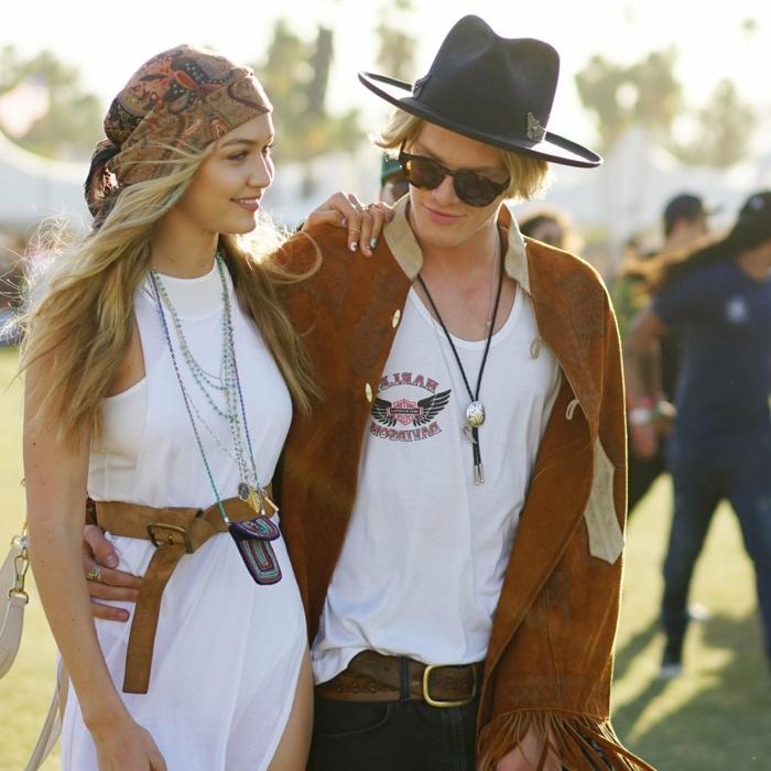 robe longue boheme, Gigi Hadid, bandeau de cheveux, chapeau avec périphérie, veste camel