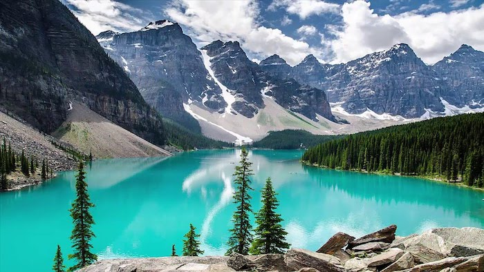 Canada paysage mer, les plus belles photos du monde, les plus beaux paysages du monde bleu-vert lac et montagnes enneigés