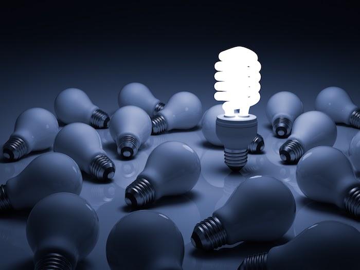 Ampoule LED et ses avantages devant les autres types d'ampoules qui visiblement ont une durée de vie moins longue que la LED