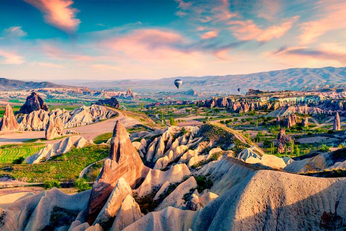 Cappadoce les plus beaux endroits du monde, fond d'écran islande paysage photographie, ballon à air chaud au coucher de soleil Turquie