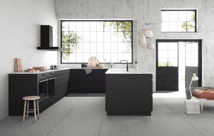 design intérieur moderne dans une cuisine ouverte, quelles couleurs pour une cuisine, déco cuisine noir et gris