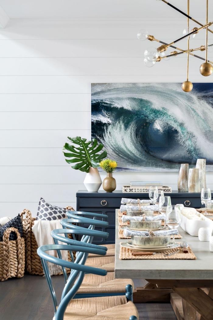 comment décorer une salle à manger dans l'esprit marine, idée comment intégrer la couleur bleu marine dans la déco