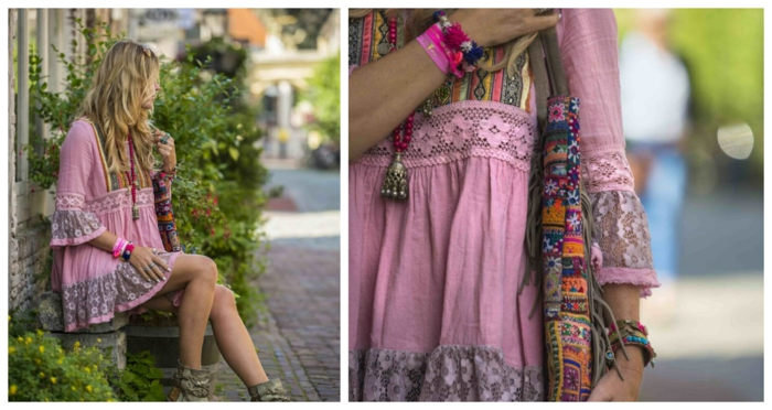 robe tunique rose, broderies, sac bariolé, bracelets en tissu, collier perles roses avec pendentif