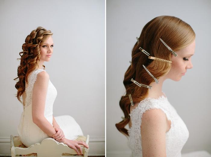 modèle de robe de mariée longue fluide en dentelle florale, tuto coiffure facile, idée coiffure cheveux lâchés