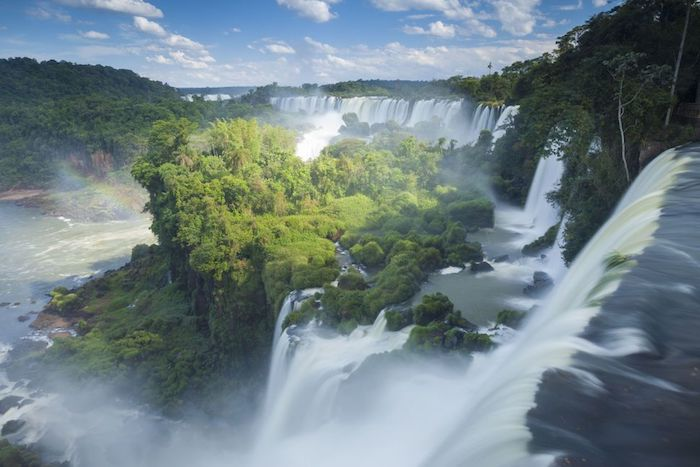 Victoria chute d'eau le plus grand du monde, paysages de montagne, paysage fantastique photo pour arriere plan de portable