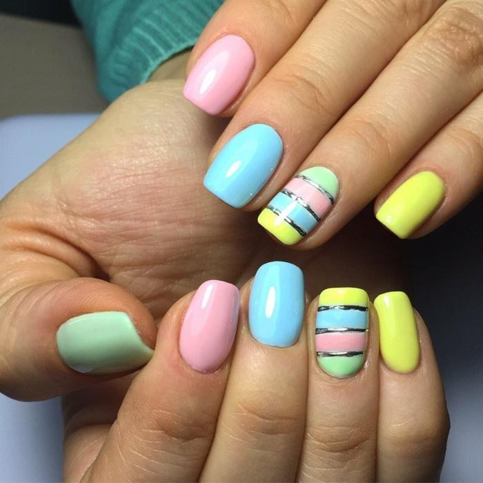 manucure color block avec strap, couleurs pastel et douces, ongles ete en rose, jaune, vert