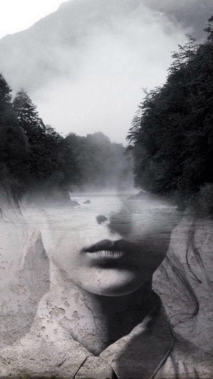 Femme portrait en double exposition avec une photo de foret et rivière qui la travers, image swag, photo swag noir et blanc