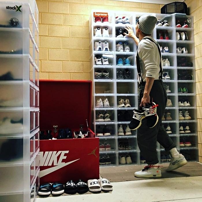 astuce rangement chaussures, boîtes à chaussures transparentes empilées pour ranger ses paires de baskets