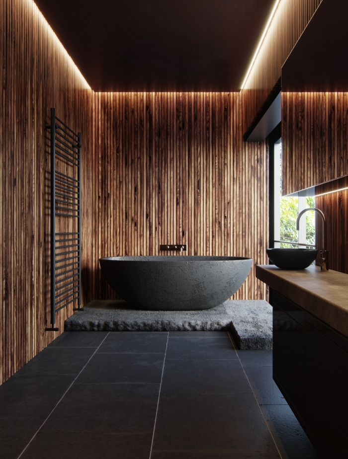 modèle de salle de bain zen au sol en carrelage noir, idée revêtement mural pour salle de bain avec planches de bois