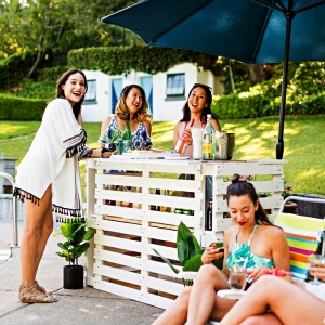 Prenez place au bar en palette : projets DIY pour l'extérieur et l'intérieur