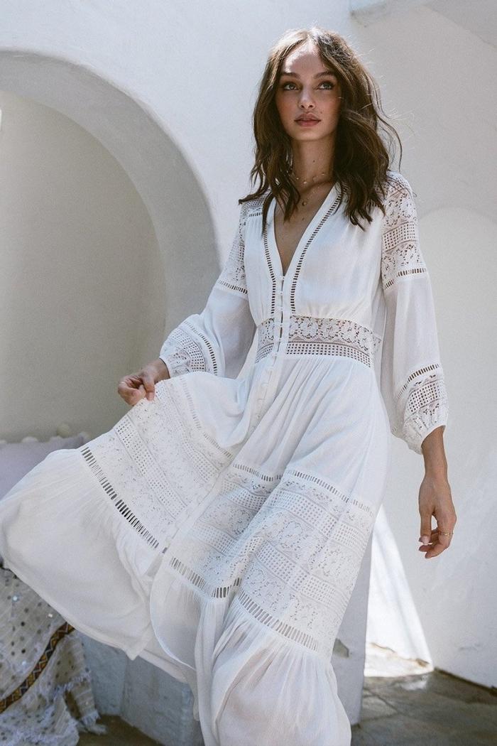idée robe hippie chic dentelle, style vestimentaire femme hippie chic, exemple de robe blanche longue et fluide
