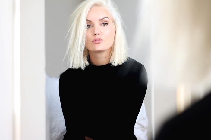 exemple de coupe carré blond, cheveux blond polaire pour yeux marron et peau claire, coupe tendance 2019 femme
