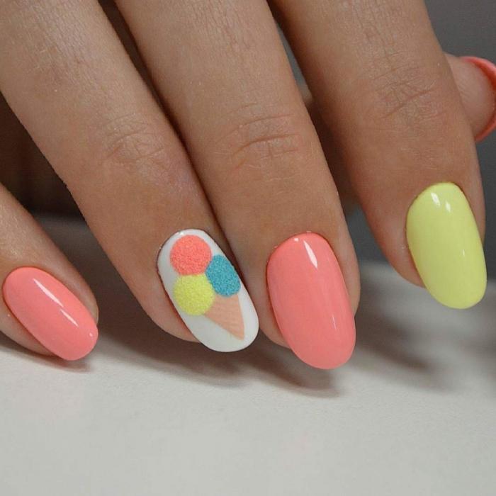 manucure en corail, blanc et jaune, ongles ovales, idée déco ongles été, glace trois goûts