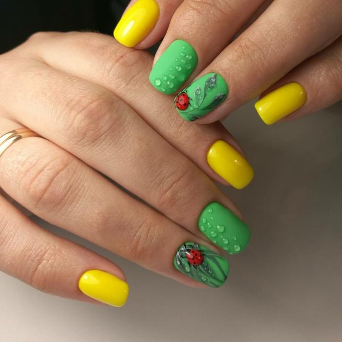 manucure goutte d eau et coccinelle, manucure en vert et jaune, dessin sur ongle original