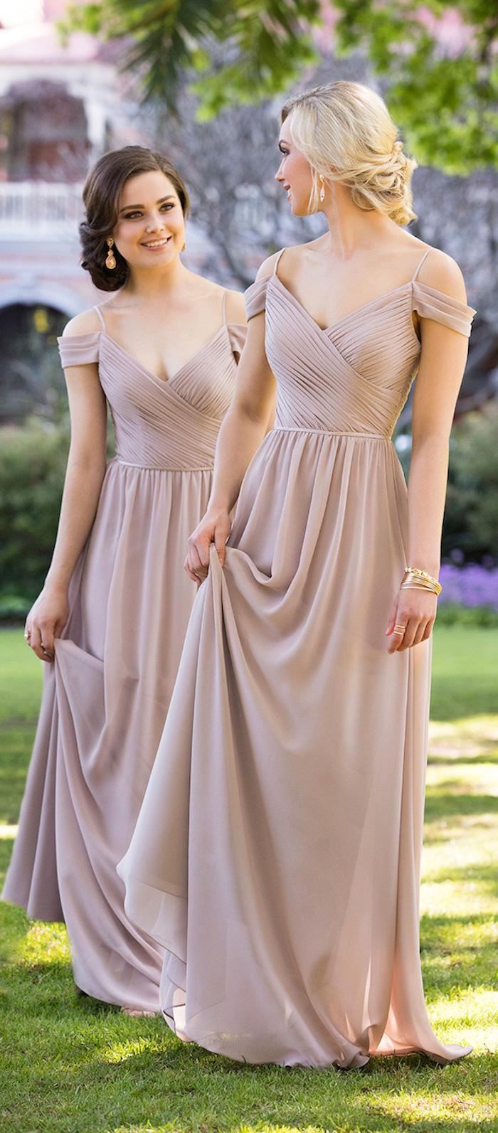 Robe longue rose pâle à manche dénudée, tenue pour assister à un mariage, robe bohème chic mariage moderne
